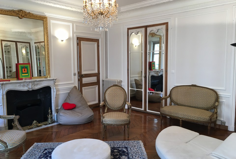 Paris Apartment - France Luxury Vacations
